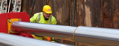 Köster setzt im Rohrleitungsbau erstmals E-Power Pipe® ein