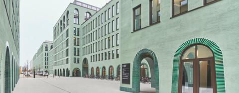 MY.O Bürogebäude München mit Rundbogenfenstern