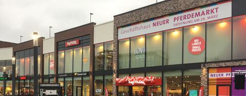 """Eröffnung """"Neuer Pferdemarkt"""": Besuchermagnet im Herzen von Stade"""