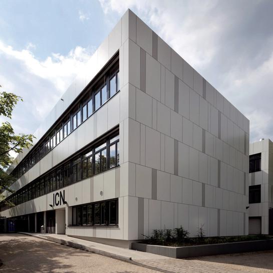 Ruhr-Universität, Bochum: Sanierung einer Lehrwerkhalle aus den 1960er Jahren.