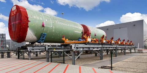 Beluga-Hallen, Bremen und Hamburg: Erstellung der Infrastruktur für die Beluga-Hallen der Airbus Operations GmbH