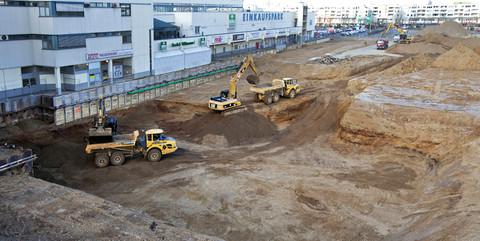 HUMA-MARKT, Sankt Augustin: Spezialtiefbauarbeiten und Erstellung einer Baugrube für die Erweiterung des Einkaufszentrums
