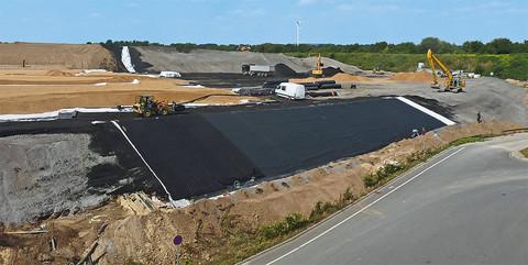 Deponie ELC Warden, Eschweiler: Oberflächenabdichtung inkl. Neubau eines Regenrückhaltebeckens