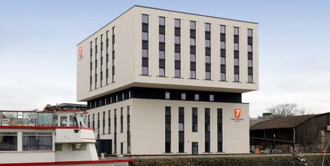 Schlüsselfertiger Neubau eines neuen 7 Days Premium Hotels