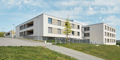 Schlüsselfertiger Neubau eines Pflegeheims für acht Wohngruppen